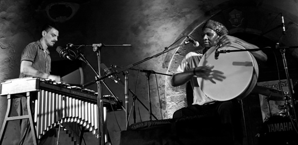 31/10/2013 – Hamid Drake – Pasquale Mirra duo